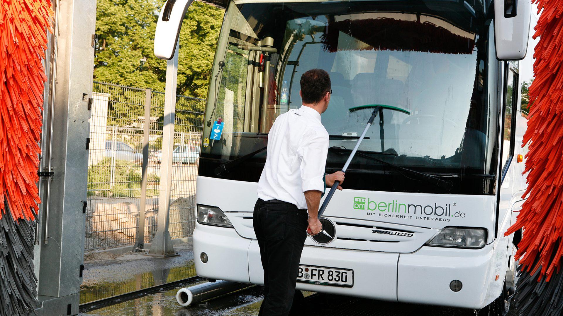 fleetwork - Buswaschanlage